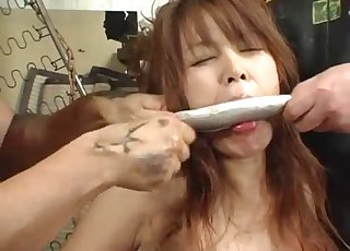 Asian girl with bestiality fetish wants to fuck fishes